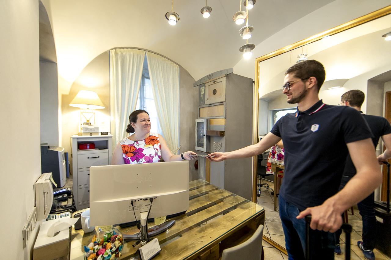 Nicholas Hotel Residence reception