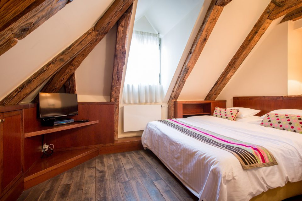 Nicholas Hotel Residence junior suite